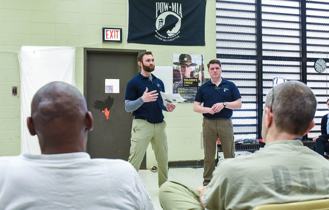 Student teaching in Cook County Jail