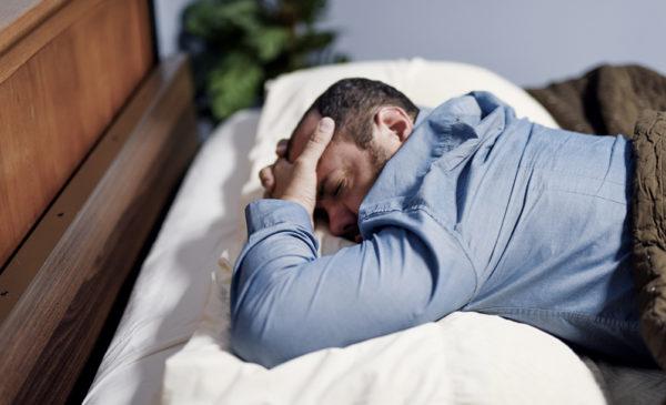 Man agonizing about sleep